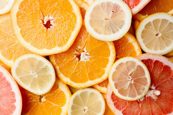 Vitamin C - jak suplementovat - WUGI blog